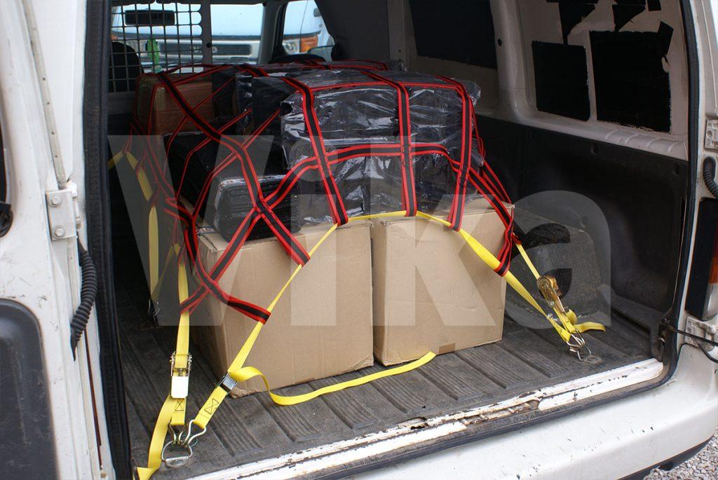 Siatki zabezpieczające w transporcie