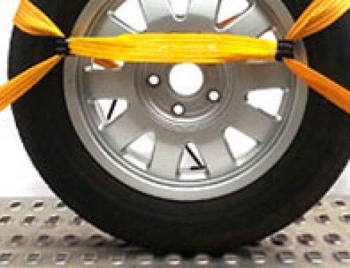 Mocowanie auta na lawecie – 3 sposoby